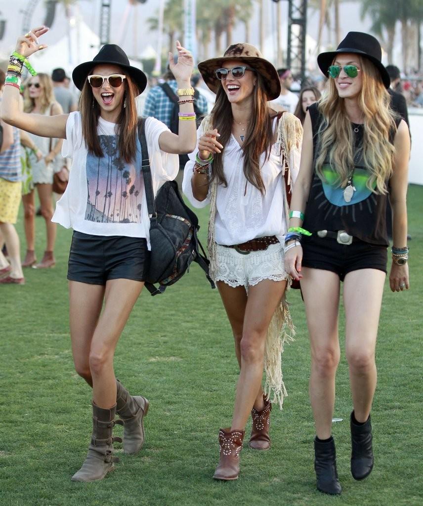 Alessandra+Ambrosio+Coachella+Music+Festival+R1tmfYNJCsxx