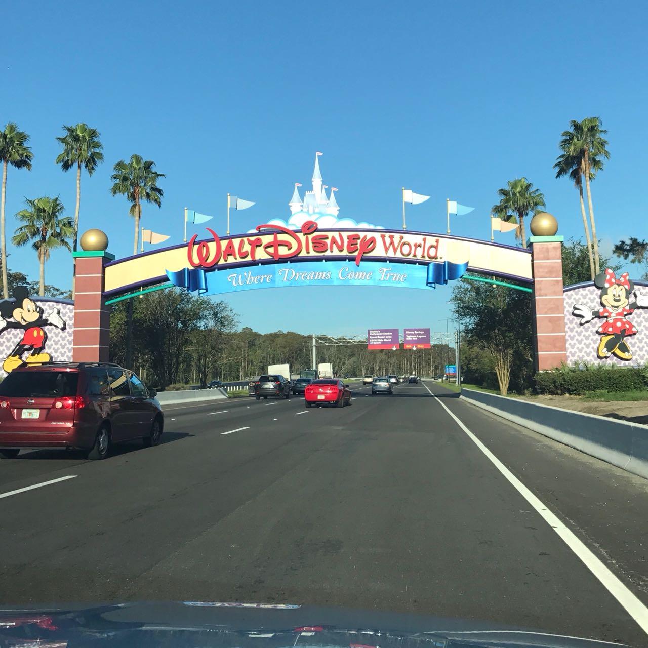 Planejar viagem para Disney - aluguel de carro