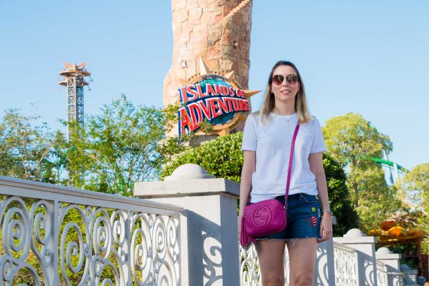 Look da Giuli Castro no Island of Adventure em Orlando