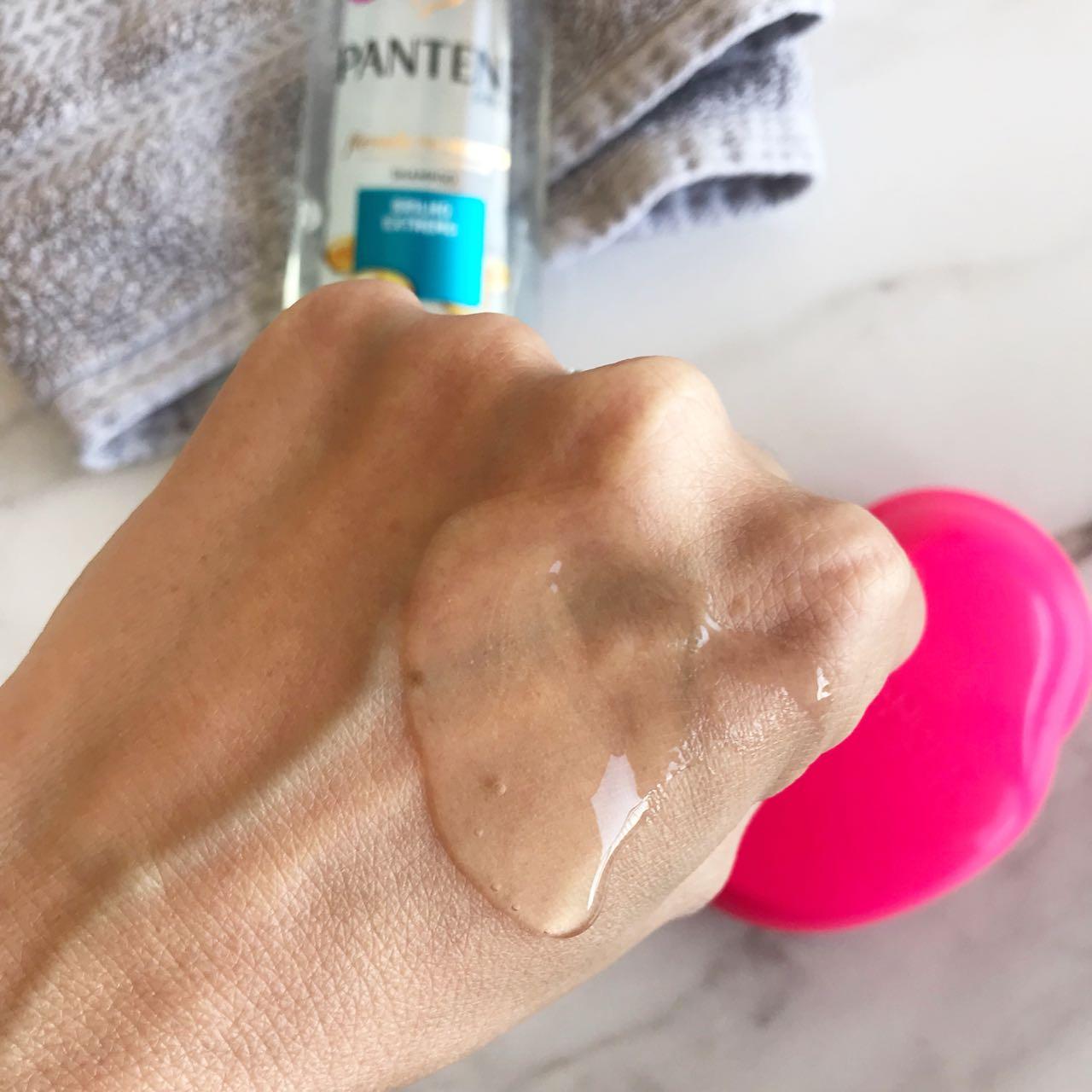 Shampoo Brilho Extremo da Pantene por Giuli Castro